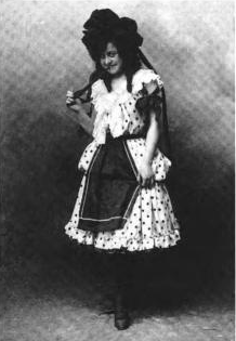 "English: ""Anna Laughlin as Dorothy in the..."