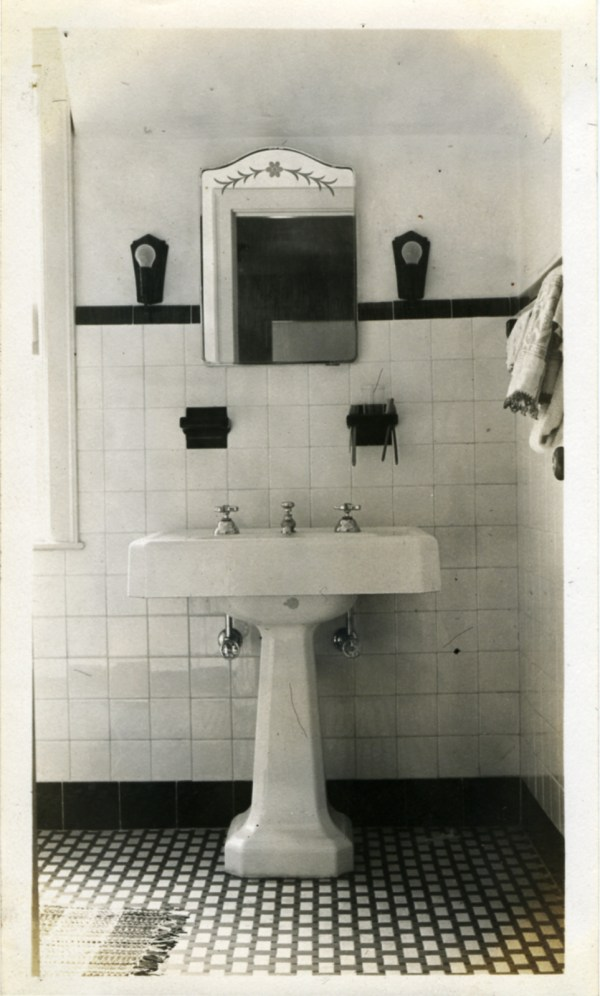 1930s Bathroom Design Ideas