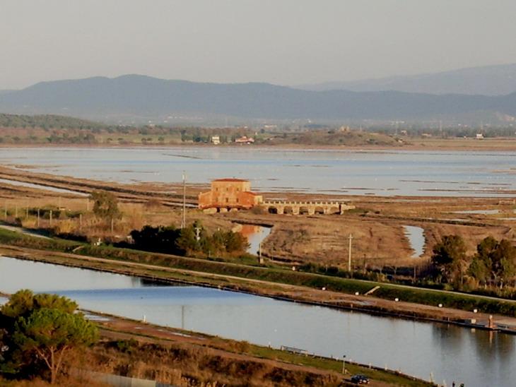 FileCasa Rossa Ximenes e Diaccia Botrona dal Castello Castiglione della Pescaiajpg
