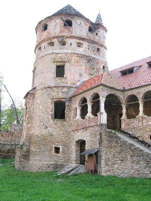 Castelul Bethlen din Criş