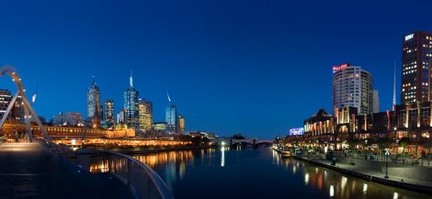 Melbourne yarra twilight.jpg
