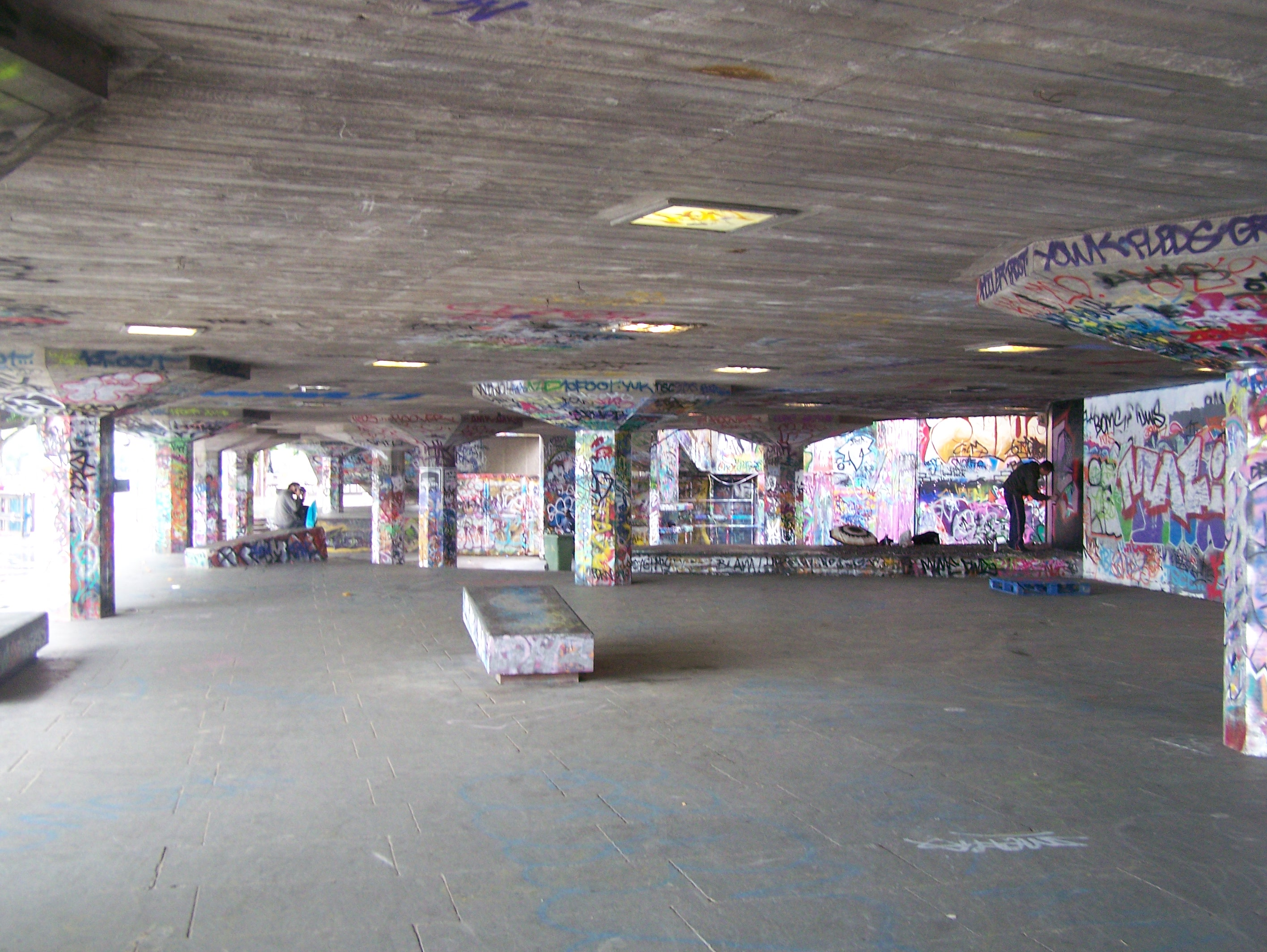 Undercroft  By T.frewin (Own work) [CC-BY-SA-3.0 (http://creativecommons.org/licenses/by-sa/3.0)], via Wikimedia Commons
