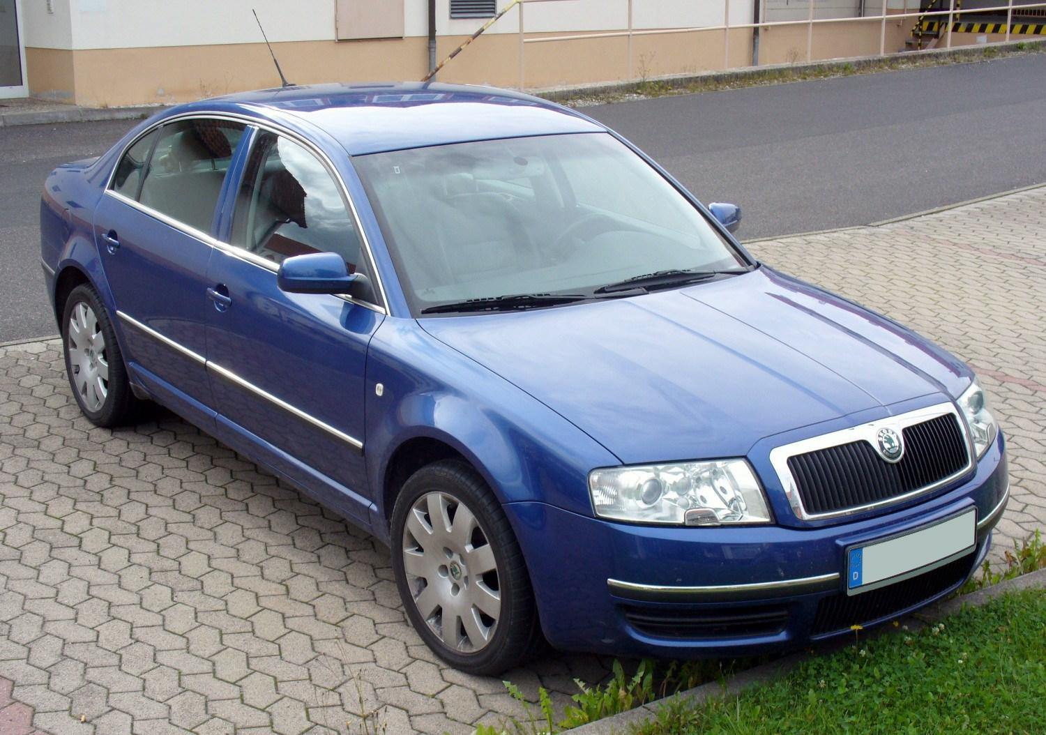 hight resolution of file skoda superb blau jpg