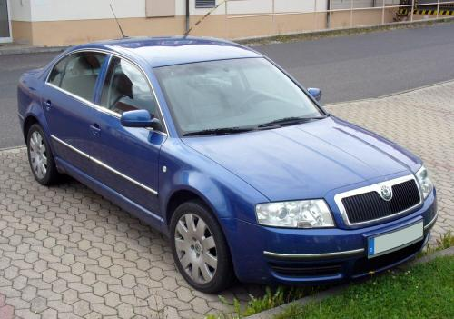 small resolution of file skoda superb blau jpg