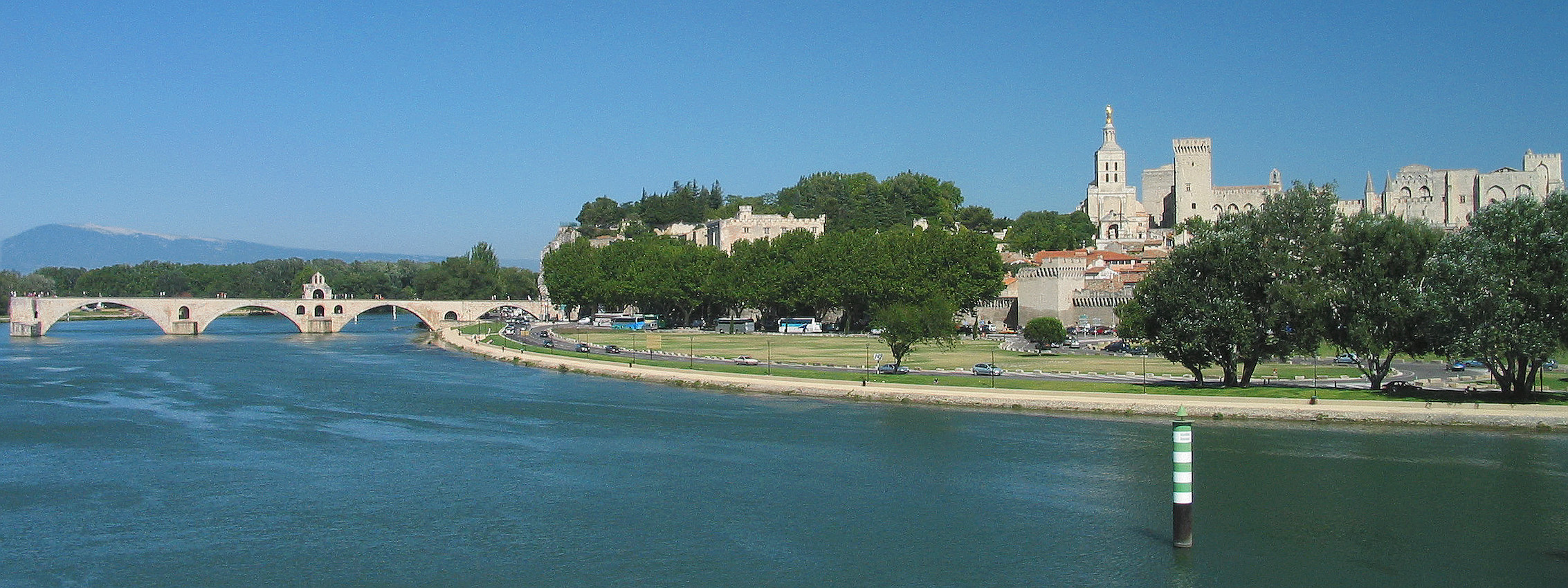 Panoramic view of Avignon