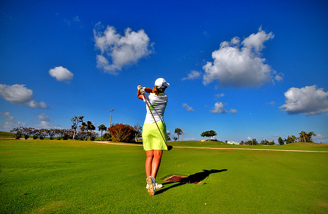 File:Lady golfer.jpg
