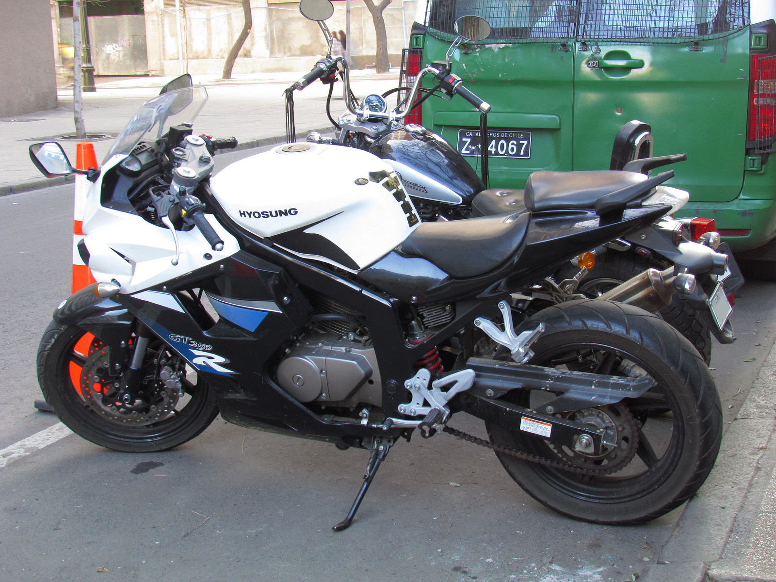 hight resolution of hyosung gt250 wikipedia suzuki motorcycles 2005 hyosung gt 650 wiring diagram