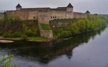 File Narva Festung Iwangorod - Wikimedia Commons
