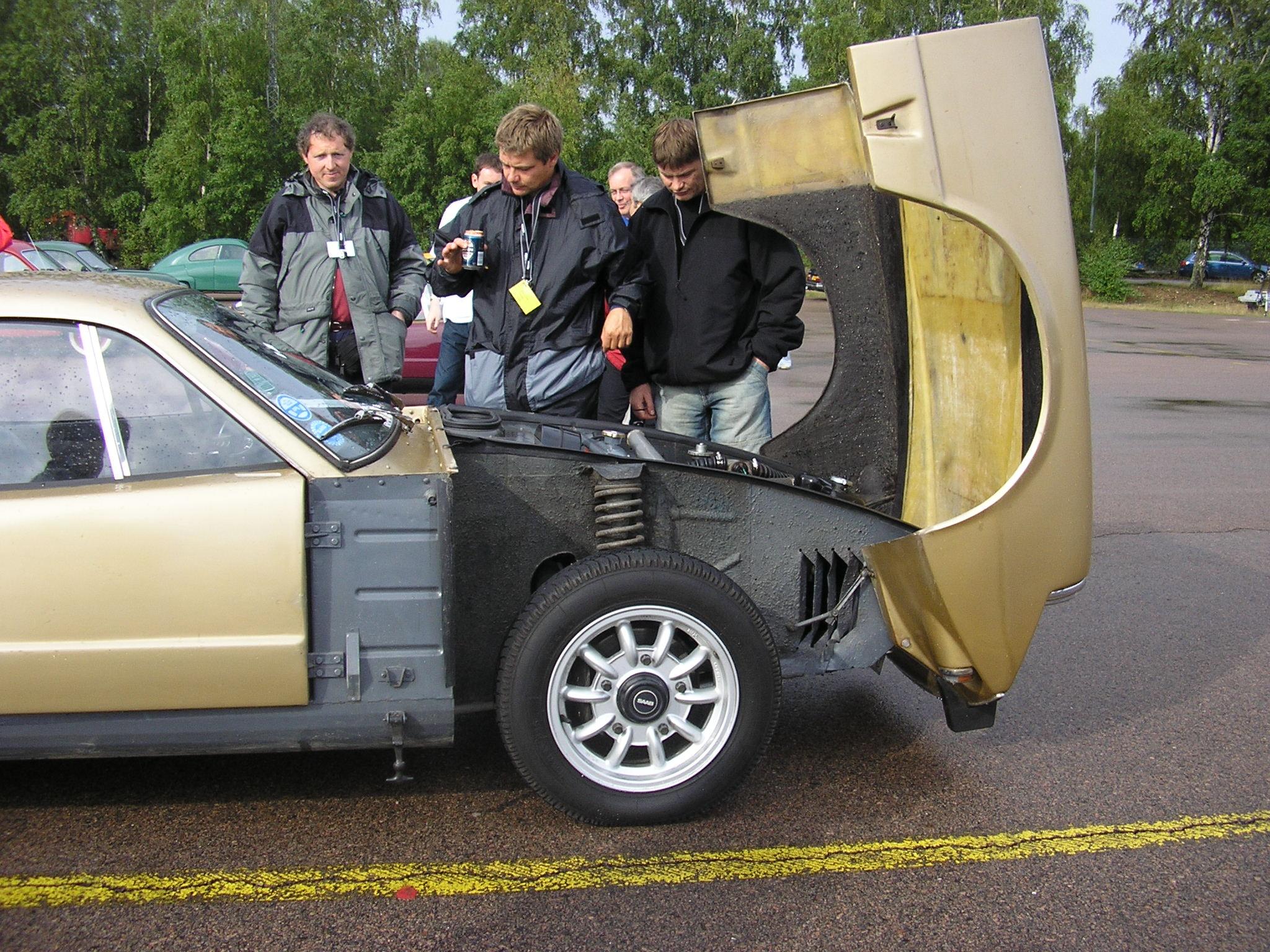 car hood engine diagram john deere 40 wiring wikipedia