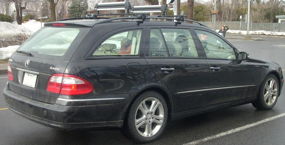 medium resolution of file 04 06 mercedes benz e350 wagon