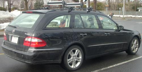small resolution of file 04 06 mercedes benz e350 wagon