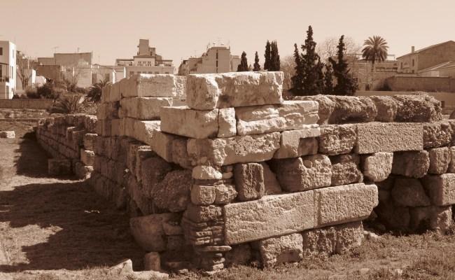 Themistoclean Wall Military Wiki Fandom Powered By Wikia