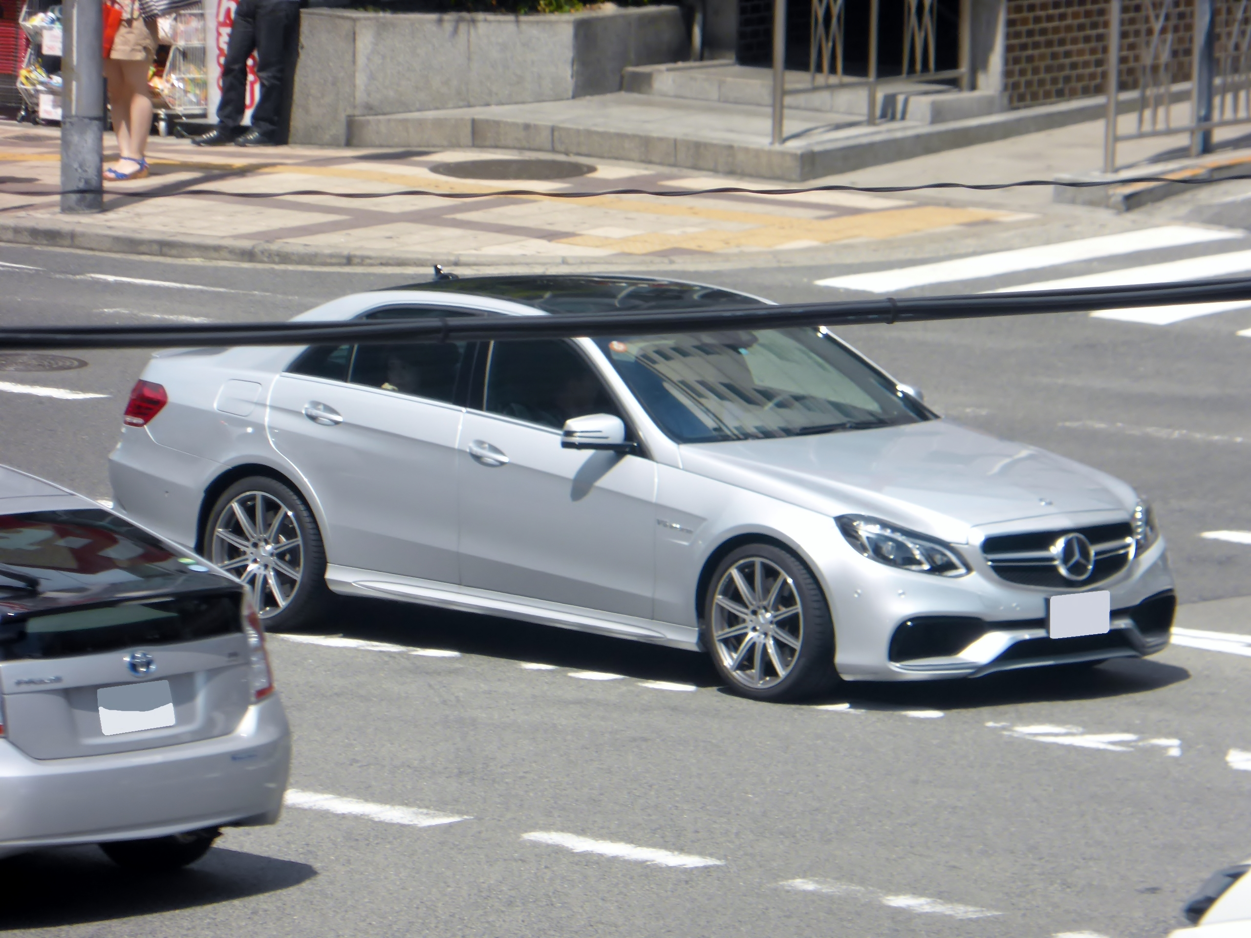 FileMercedes Benz E63 AMG 4MATIC W212 MY2013 RightJPG