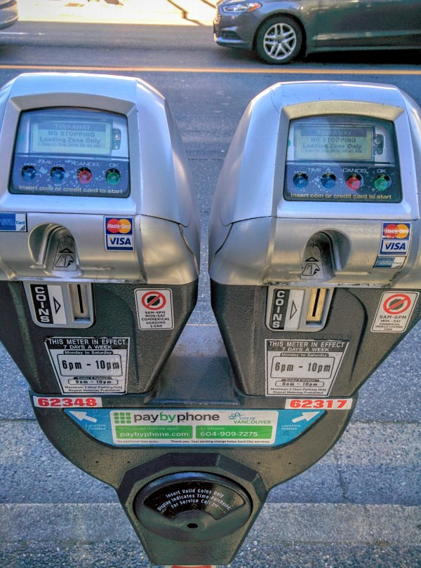 File Street Parking Meters In Vancouver With Credit Card Payment - Wikimedia Commons