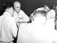 English: USS Indianapolis' last Commanding Off...