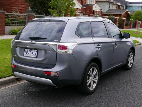 small resolution of mitsubishi outlander 2014 facelift
