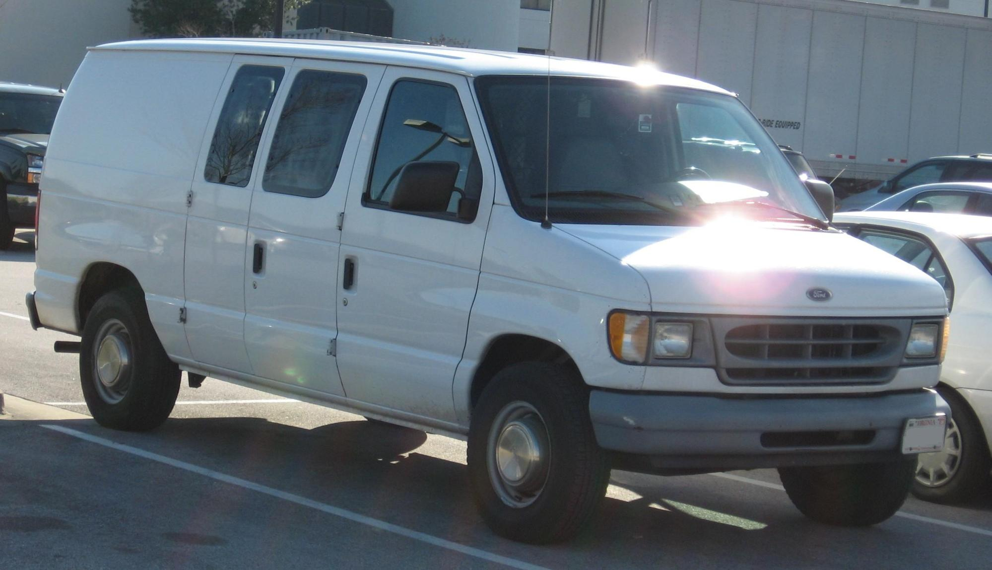 hight resolution of file ford econoline jpg