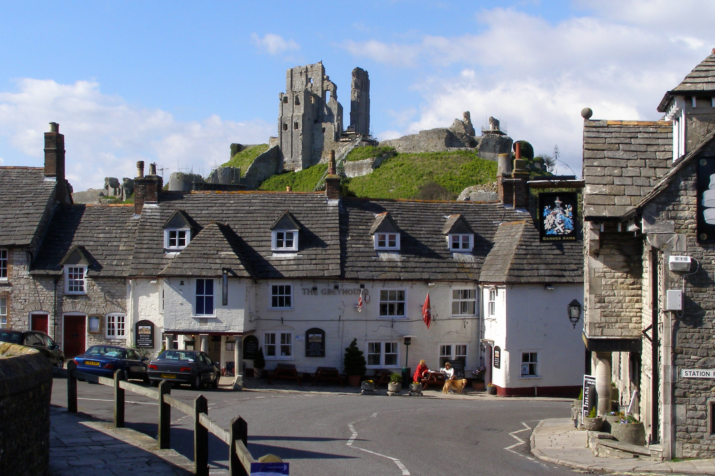 File:Corfe Castle and Greyhound Inn Dorset England.jpg
