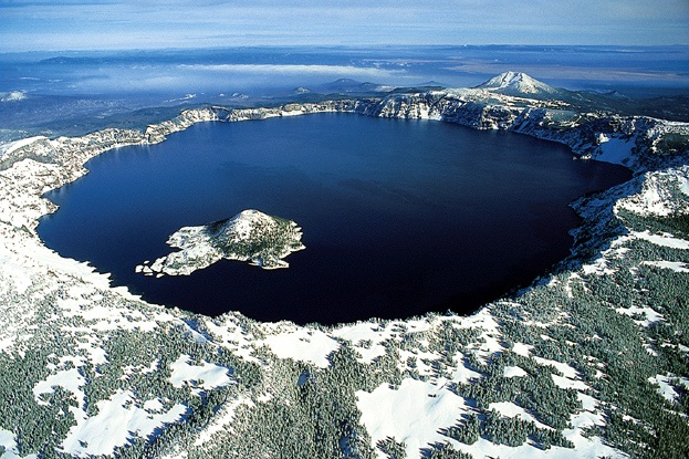 File:Crater lake oregon.jpg
