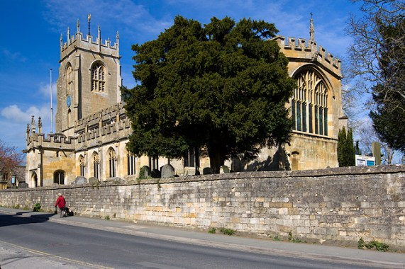File:St Peter's church, Winchcombe - geograph.org.uk - 3939683.jpg