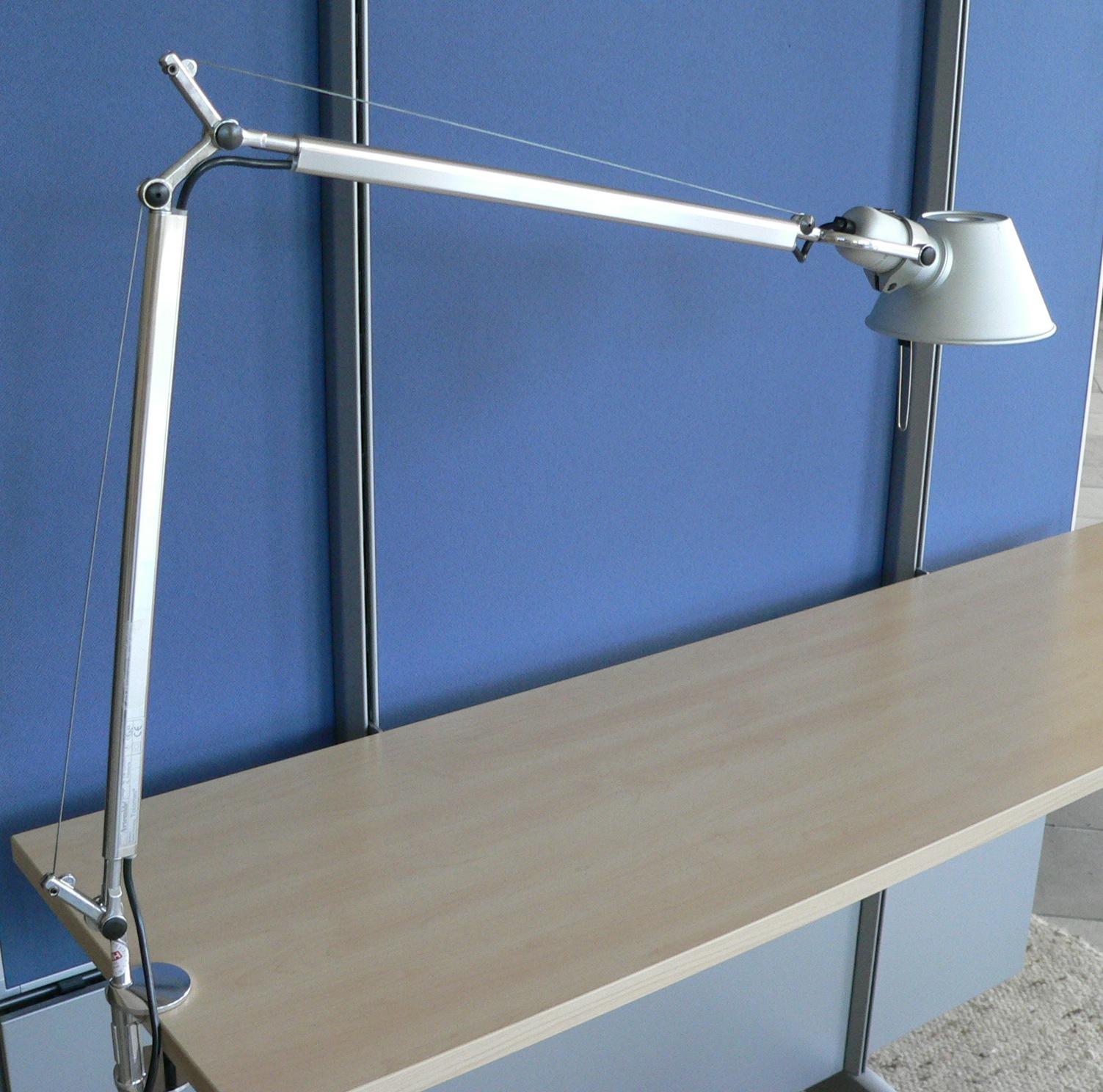 Tolomeo desk lamp  Wikipedia
