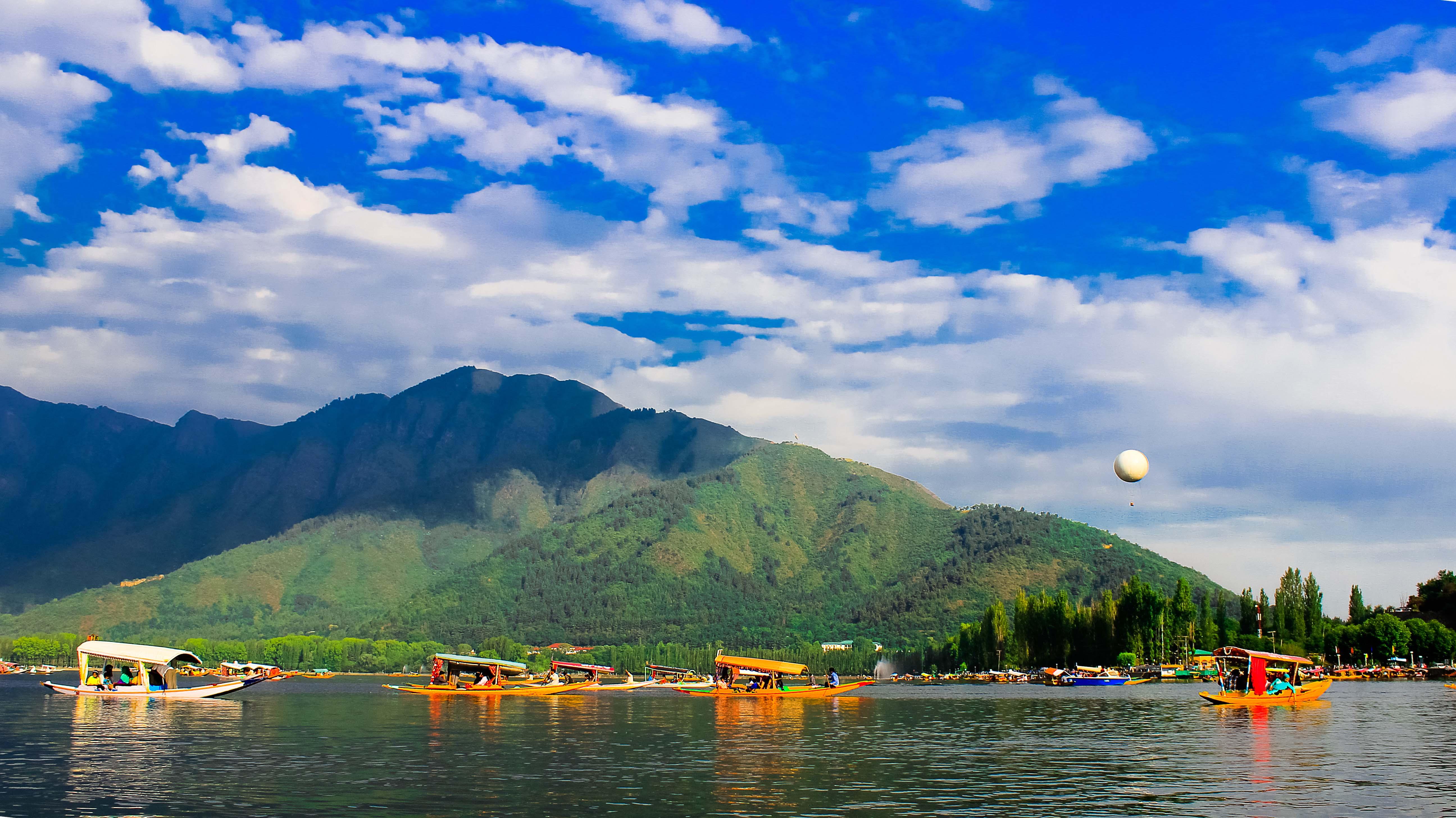 file dal lake kashmir