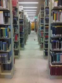 File:Old Library Bookshelves, Macquarie University.JPG ...