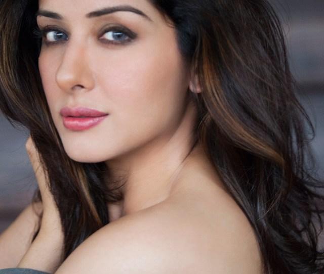Filesamekshasingh Bollywoodactress Photoshoot Laterst Pictures Hot Porus Actress Photos Semi Nude Photoshoot Eyes Lens