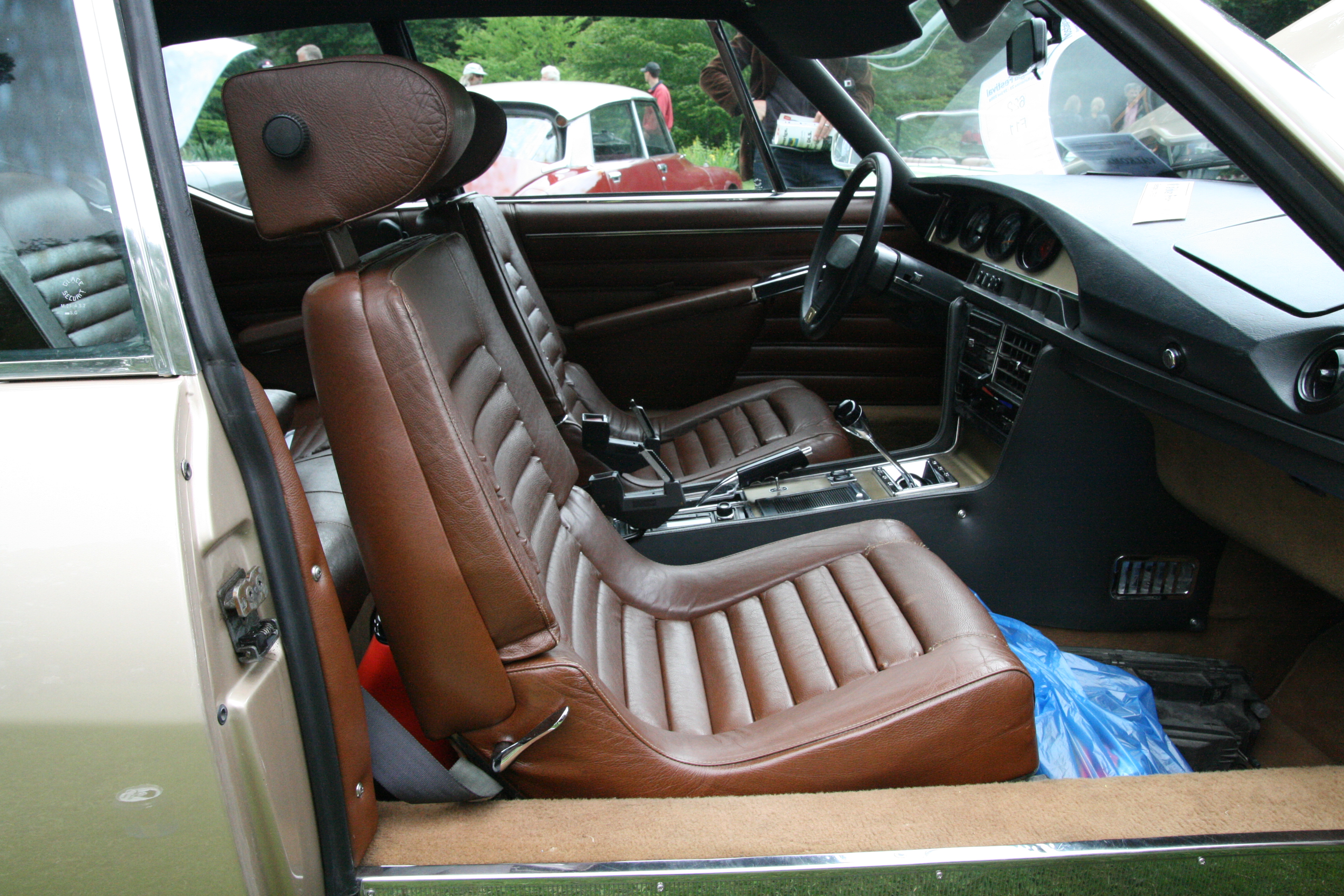 FileCitron SM Interior Brown 2jpg Wikimedia Commons