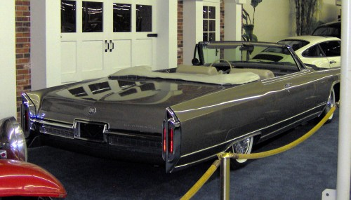small resolution of cadillac eldorado wikiwand 1966 cadillac eldorado convertible rear cadillac eldorado wikiwand 1988 cadillac eldorado at cita asia