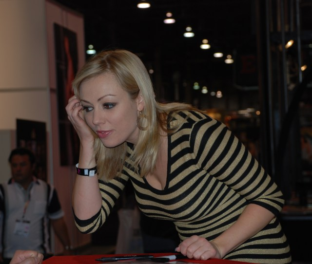 Fileadrianna Nicole At Avn Adult Entertainment Expo 2009 Jpg