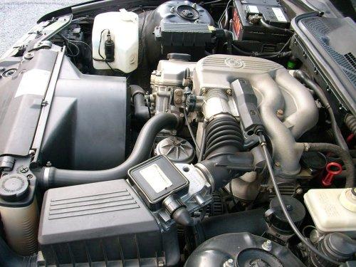 small resolution of file bmw 316 e36 engine bay 5 jpg