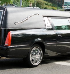cadillac dts hearse [ 3138 x 1518 Pixel ]