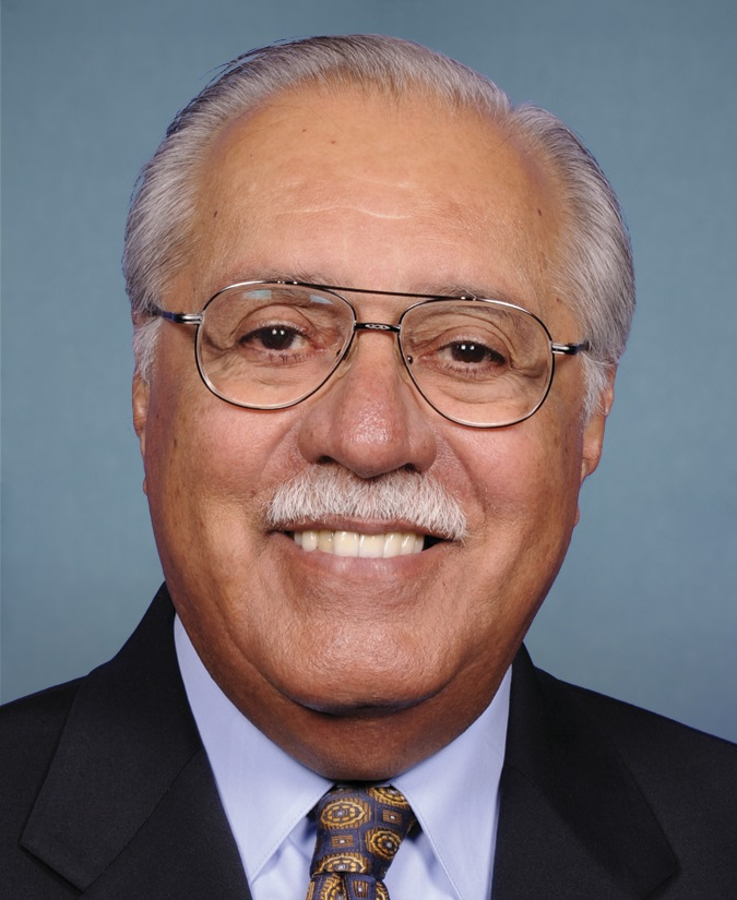 File:Ed Pastor 113th Congress.jpg - Wikimedia Commons