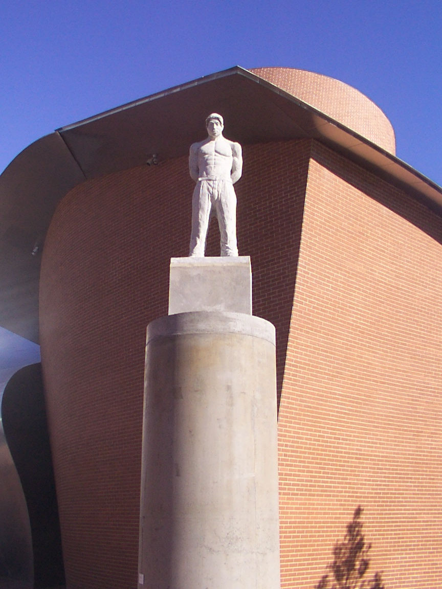 Statue of Tupac Shakur