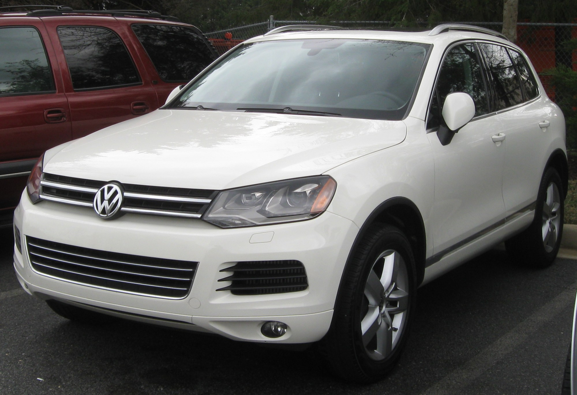 hight resolution of file 2011 volkswagen touareg 04 01 2011 jpg