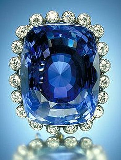 http://upload.wikimedia.org/wikipedia/commons/b/be/Logan_Sapphire_SI.jpg