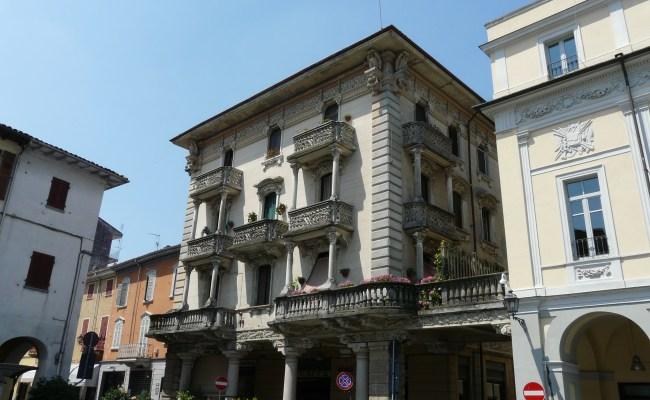 File Valenza Palazzo In Piazza Duomo Jpg Wikimedia Commons