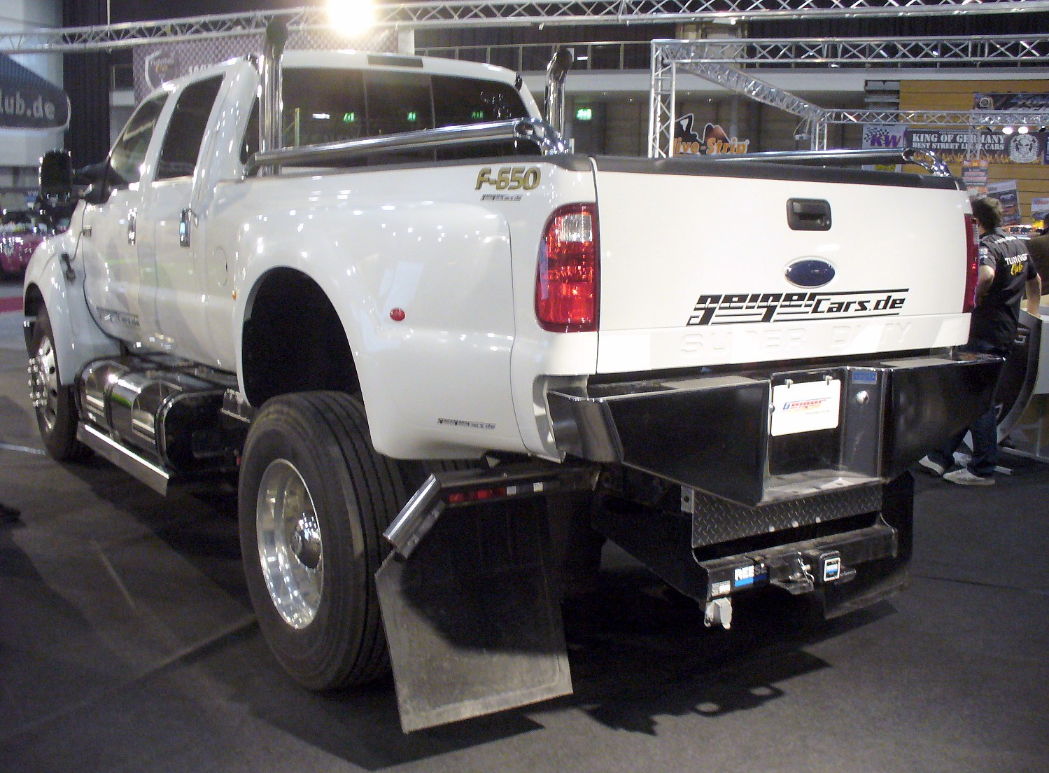 hight resolution of file ford f 650 super duty heck jpg