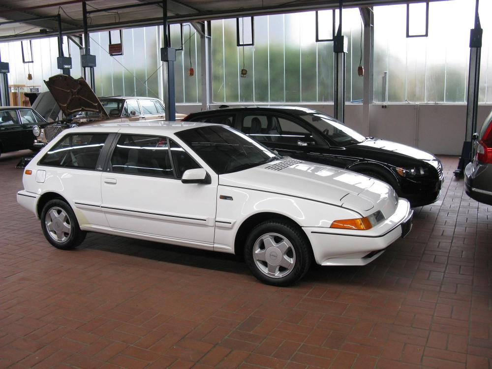 medium resolution of file volvo 480 turbo 5429565690 jpg