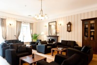 File:Drawing Room & Library - Vihula Manor Country Club ...