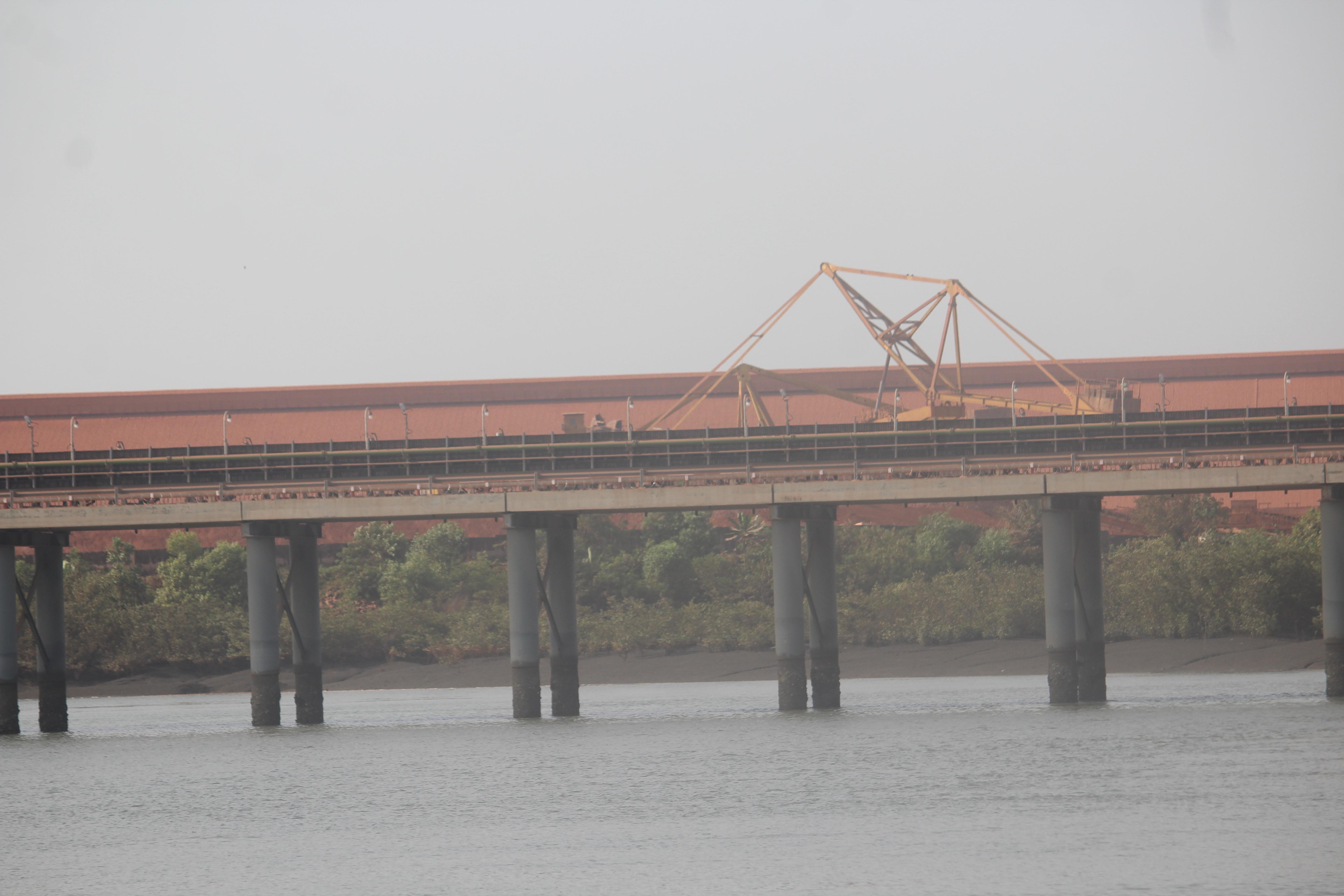 file tapis de transport de bauxite de gac kamsar jpg wikimedia commons