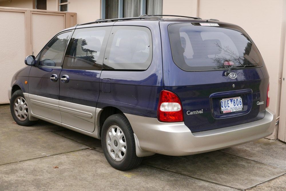 medium resolution of 2001 kia carnival classic van australia