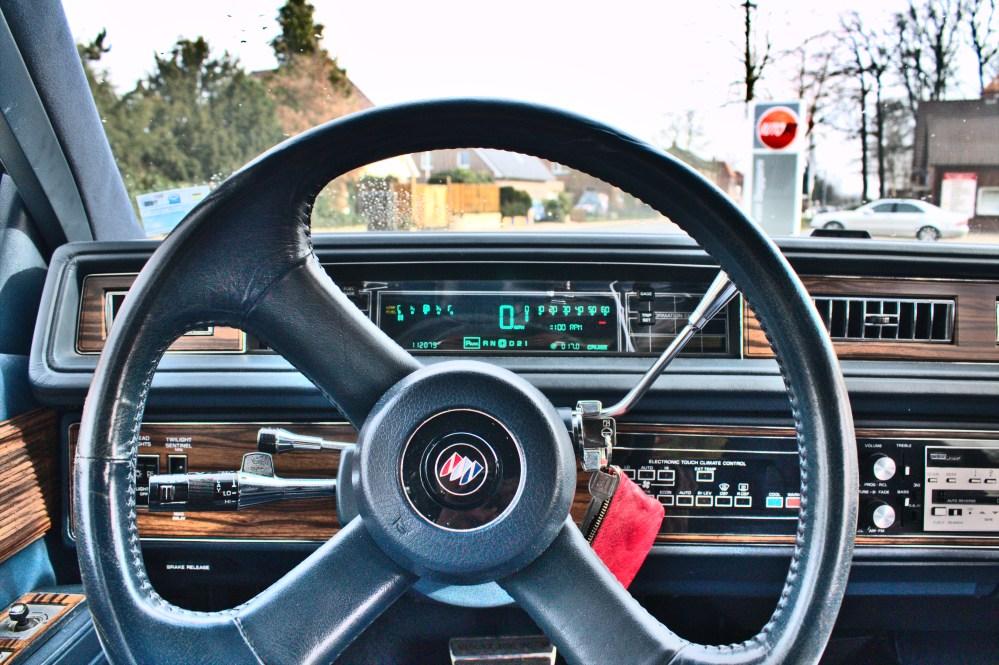 medium resolution of file buick electra 1989 digital cockpit jpg