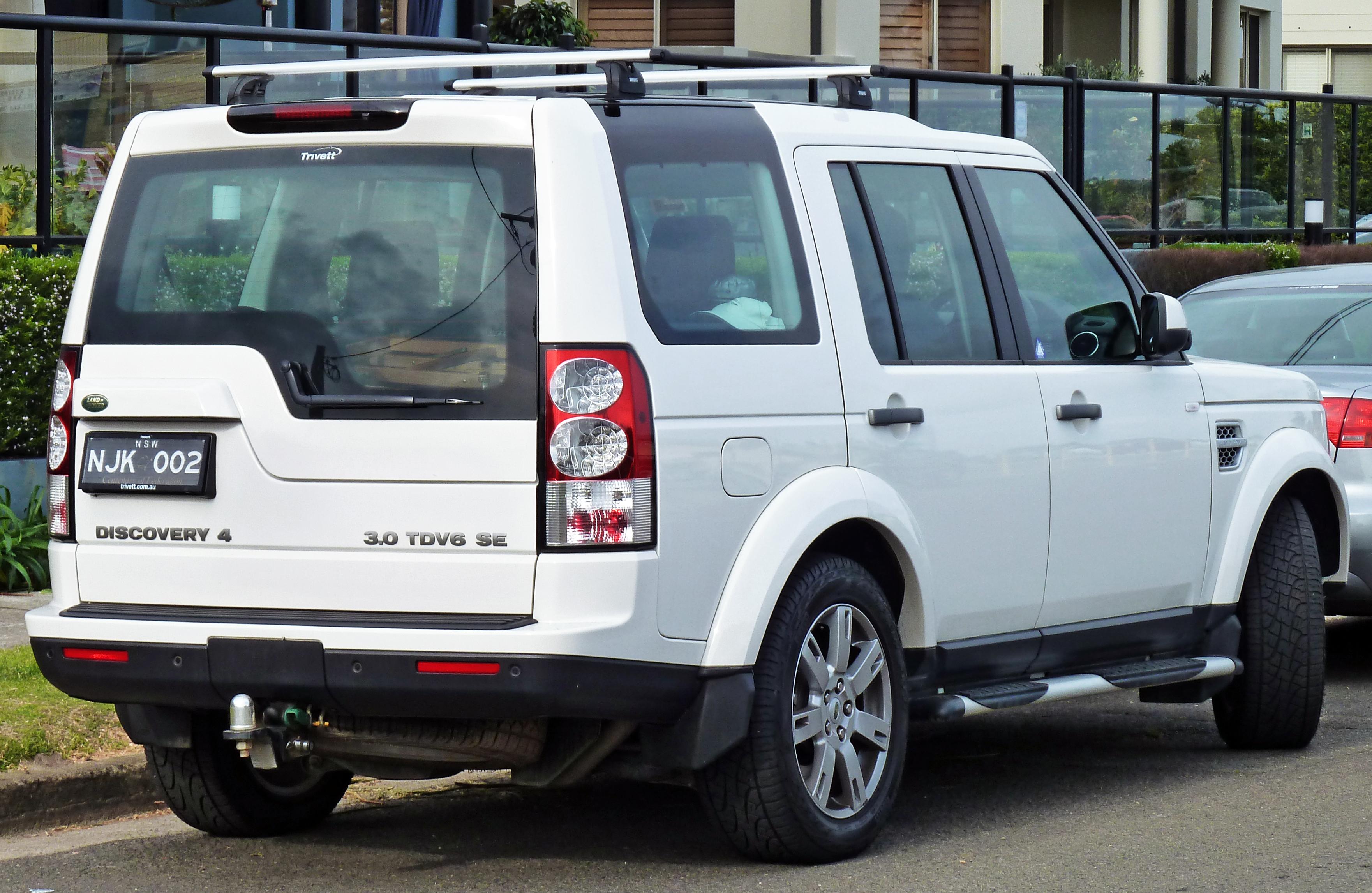 File 2009 2010 Land Rover Discovery 4 TDV6 SE wagon 02