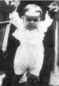 Che Guevara   1 a%C3%B1o   1929 [Megapost] Ernesto Che Guevara
