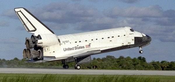 Resultado de imagen para Fotos del transbordador espacial Atlantis
