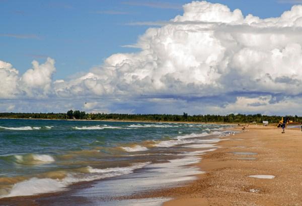 File Sauble Beach Ontario Lake Huron - Wikimedia
