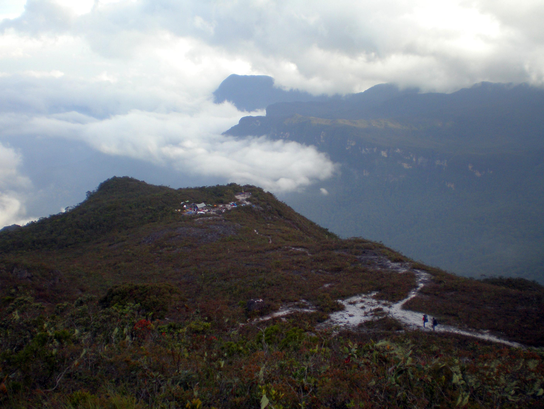 FileKem Gedung Gunung Tahanjpg  Wikimedia Commons