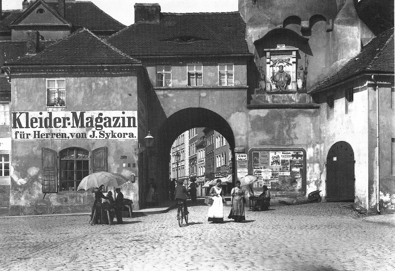 FileBautzen Reichentor vor 1910jpg  Wikimedia Commons